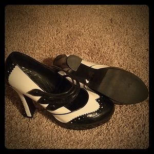 Black and White Platform Mary Jane Heels